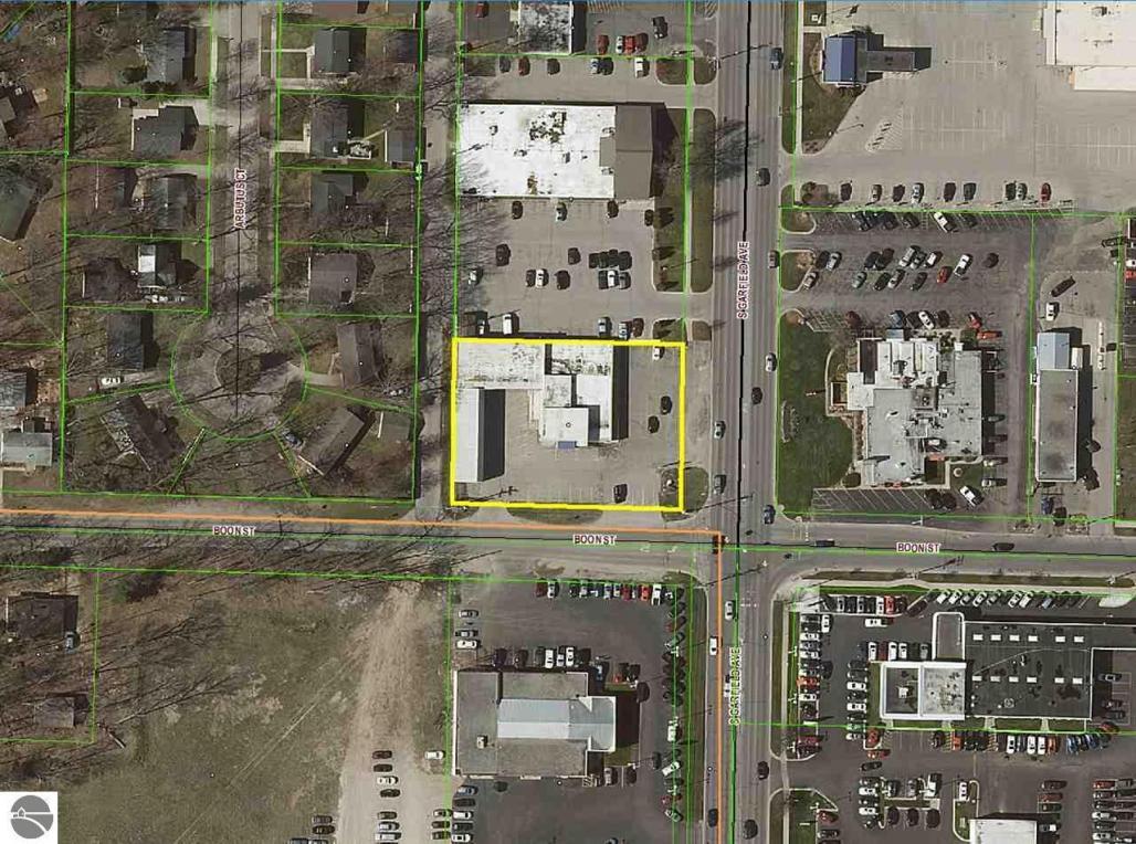 1238 S Garfield Avenue, Traverse City, MI 49686