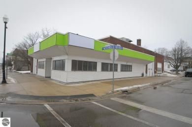 500 N Mitchell Street, Cadillac, MI 49601