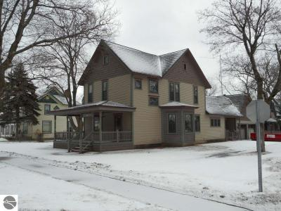 Photo of 207 Third Street, Kalkaska, MI 49646