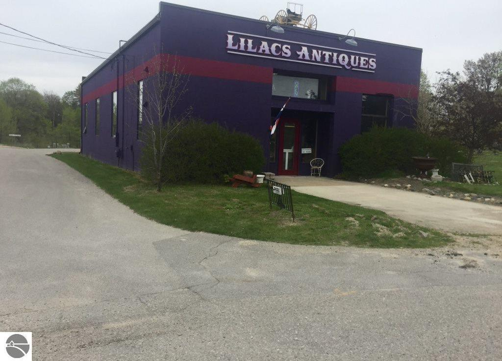 965 Green Street, Elk Rapids, MI 49629