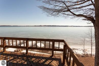 486 N West Bay Shore, Suttons Bay, MI 49682