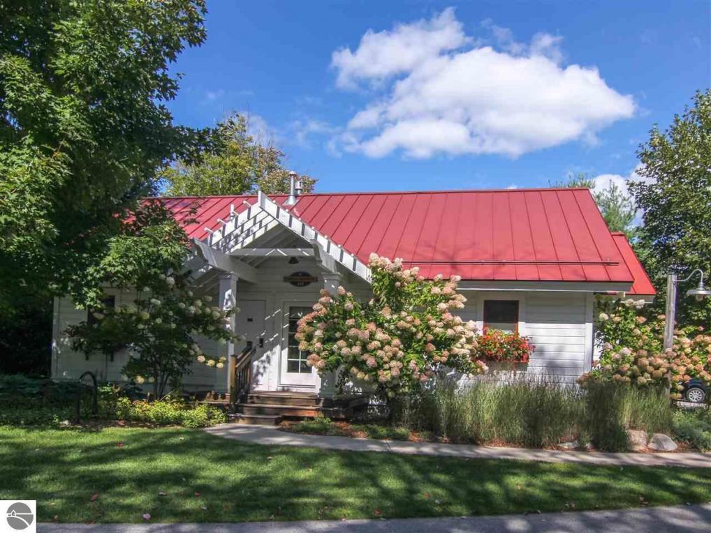 12362-Unit 322B Wintergreen Drive 12362 Wintergreen Drive - Unit 322b #322b, Thompsonville, MI 49683