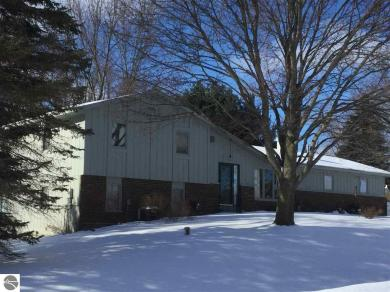 4365 Hillcrest Drive, Traverse City, MI 49685