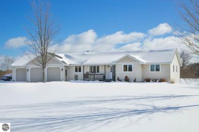 1734 N East Silver Lake Road, Traverse City, MI 49685