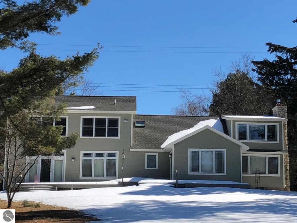 1827 Bell Street, Central Lake, MI 49622