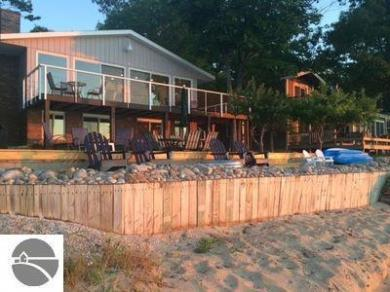 13190 N Forest Beach Shores, Northport, MI 49670