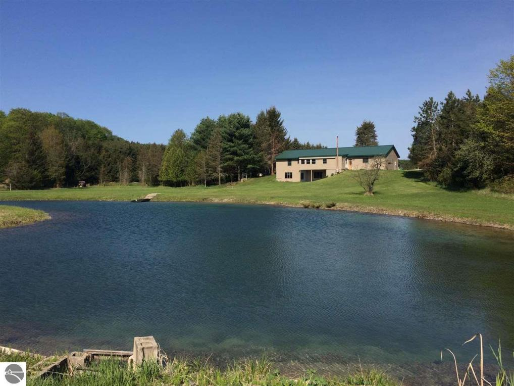 5697 Bunker Hill Road, Central Lake, MI 49622