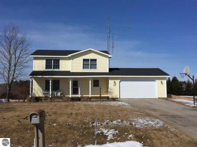 1153 S Piccadilly Road, Traverse City, MI 49684