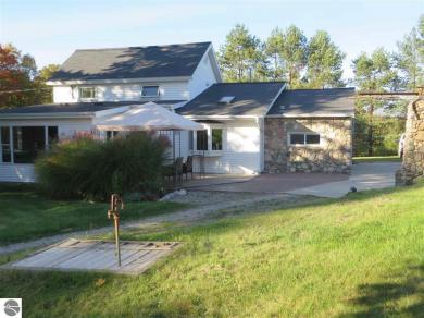 4721 S Lake Leelanau Drive, Traverse City, MI 49684