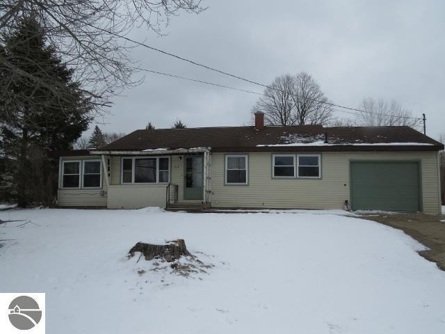 612 Holiday Drive, Bellaire, MI 49615