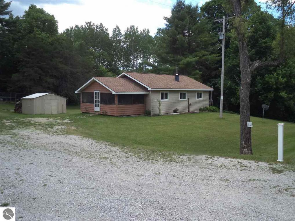 3747 S Curtisville Road, South Branch, MI 48761