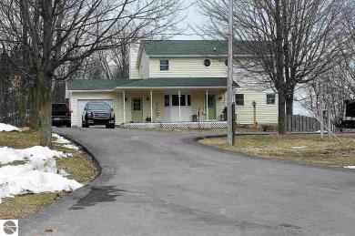 3831 E White Road, Cedar, MI 49621