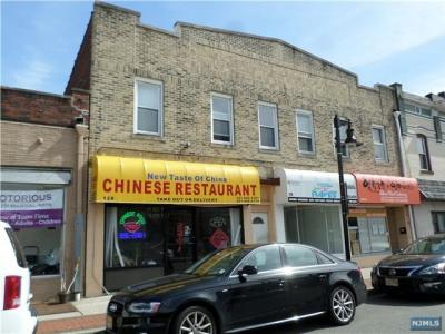 Photo of 128 Park Ave, East Rutherford, NJ 07073