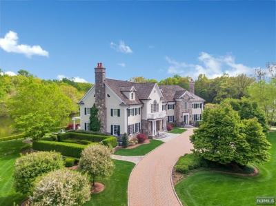 Photo of 930 Old Mill Rd, Franklin Lakes, NJ 07417