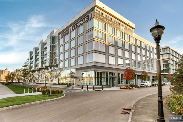 1000 Ave At Port Imperial #604, Weehawken, NJ 07086
