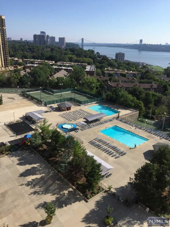 200 Winston Dr #1407, Cliffside Park, NJ 07010