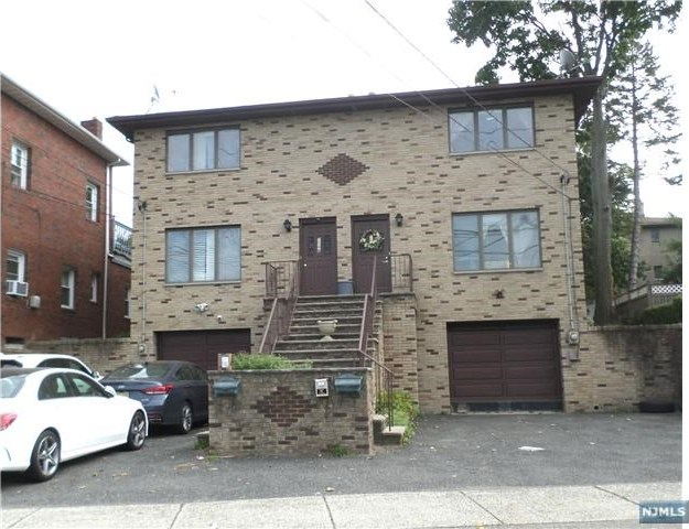 258 Grand Avenue, Palisades Park, NJ 07650