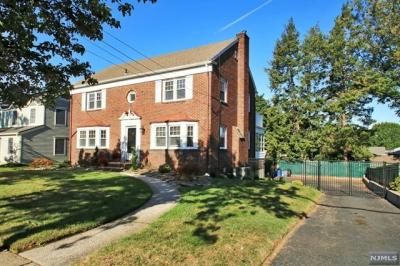 Photo of 463 Riverview Ave, North Arlington, NJ 07031