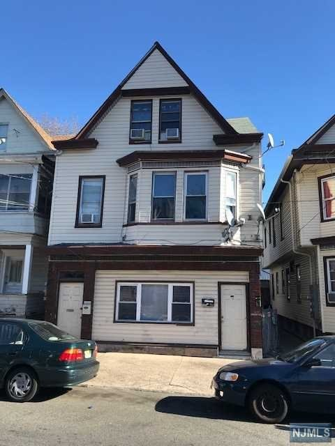 925 East 19th Street, Paterson, NJ 07501