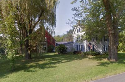 Photo of 956 Old Concord, Henniker, NH 03242