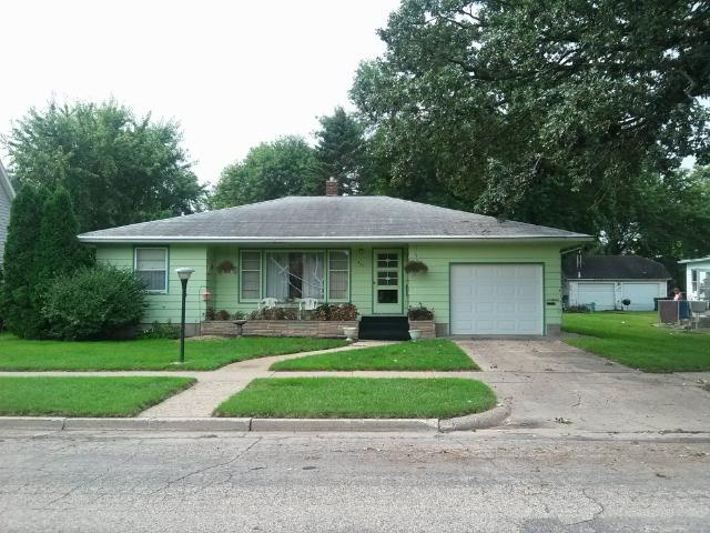 422 Ramsey Avenue, Litchfield, MN 55355