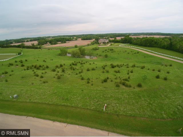 7375 Equestrian Way, Minnetrista, MN 55331