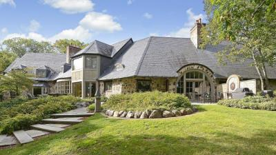 Photo of 5151 S Blake Road, Edina, MN 55436