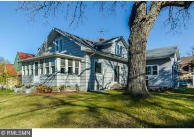 220 Oak Grove Place, Saint Paul, MN 55105
