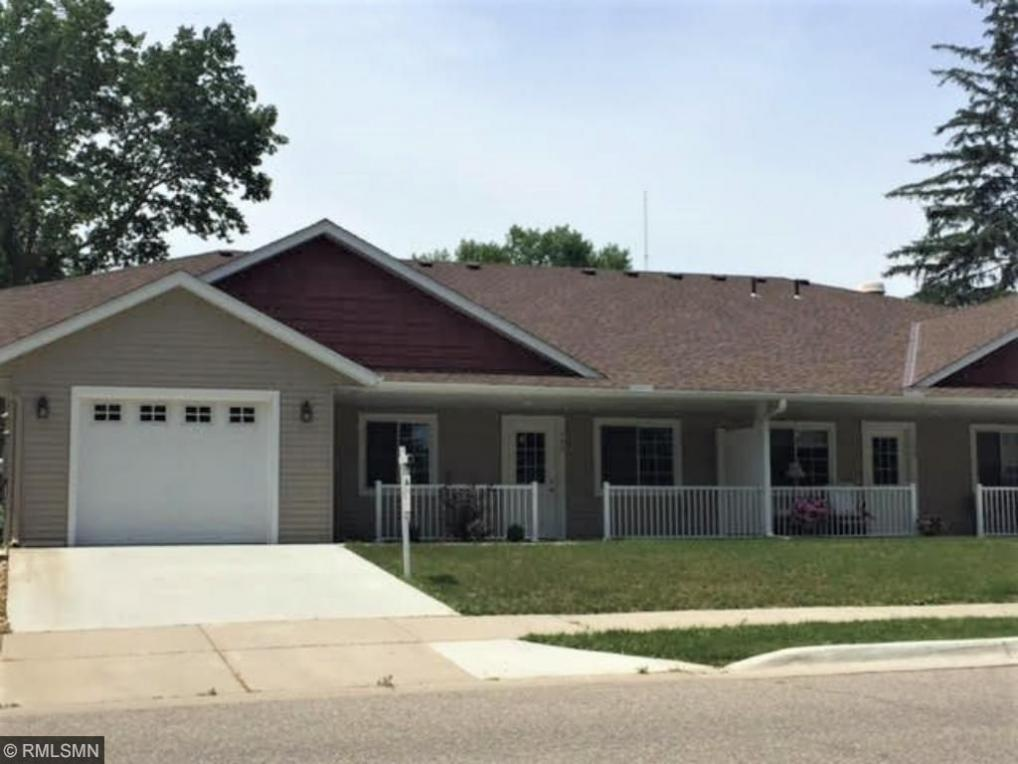 108 Cloverdale Lane, Henderson, MN 56044