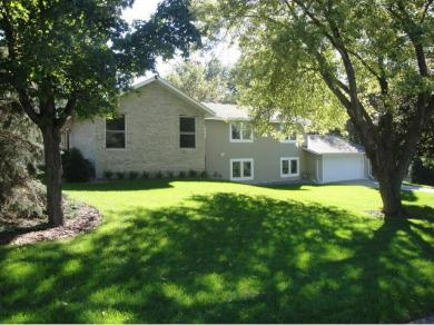12613 Sunset Trail, Plymouth, MN 55441