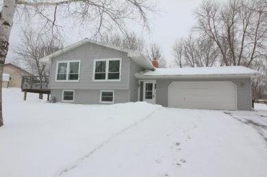 8444 N Shadyview Lane, Maple Grove, MN 55311