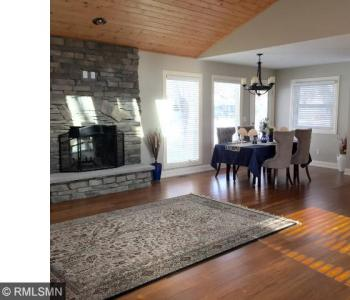 15520 N 2nd Avenue, Plymouth, MN 55447