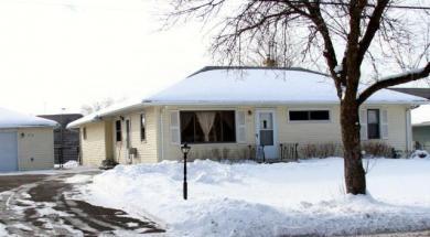 1722 Oakcrest Avenue, Roseville, MN 55113