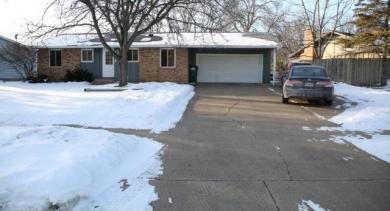 10848 NW Crooked Lake Boulevard, Coon Rapids, MN 55433