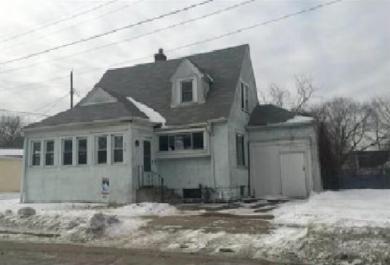 319 Earl Street, Saint Paul, MN 55106