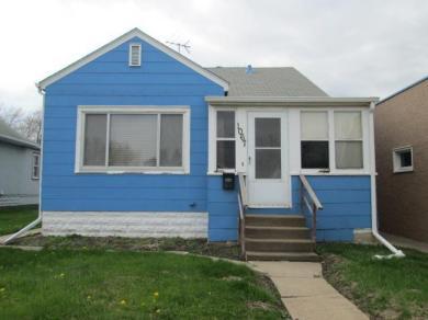 1067 S Robert Street, West Saint Paul, MN 55118