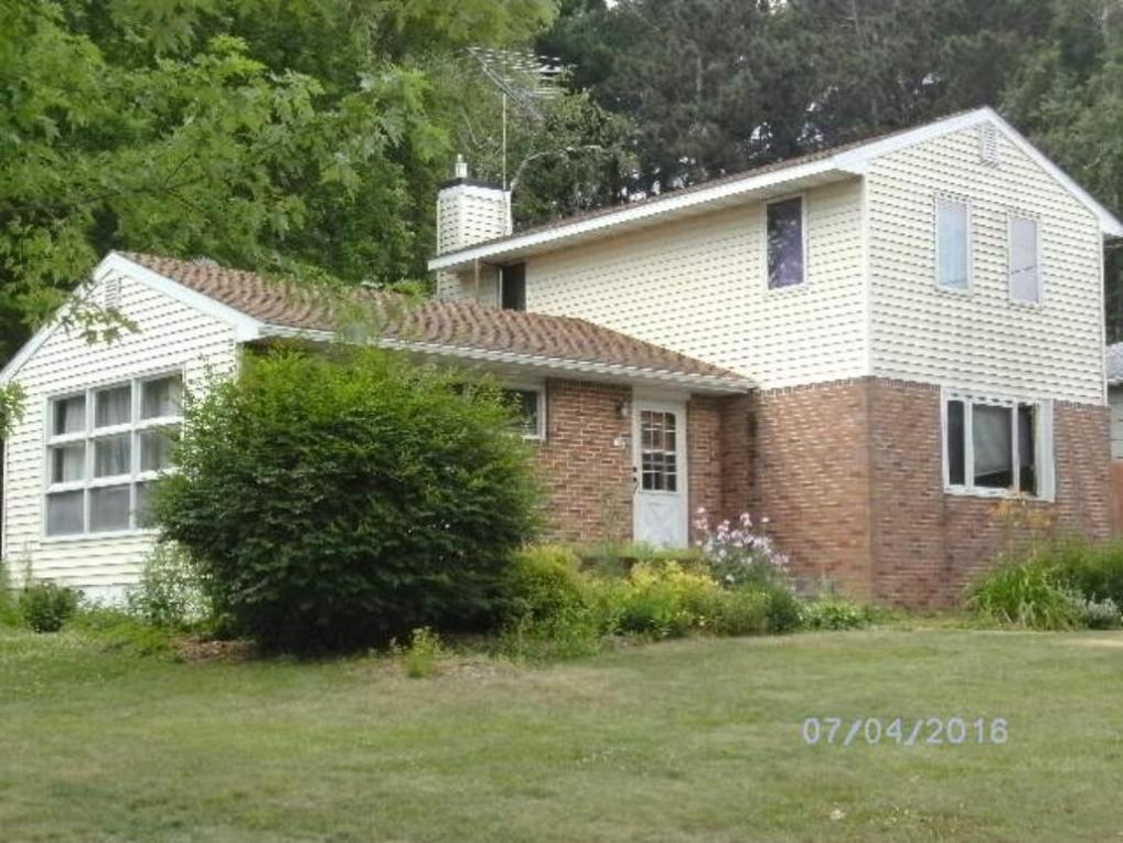 152 Oak Street, Amery, WI 54001