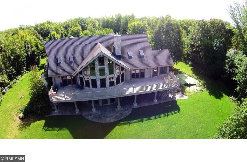 302 Harbor View Road, Federal Dam, MN 56641