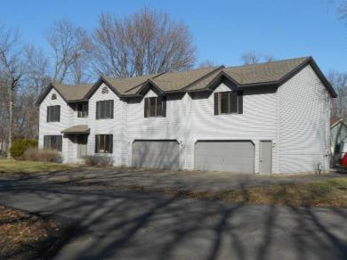 879 SE 18th Street, Forest Lake, MN 55025