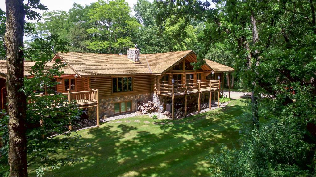 433 S Croixview Drive, Afton, MN 55001
