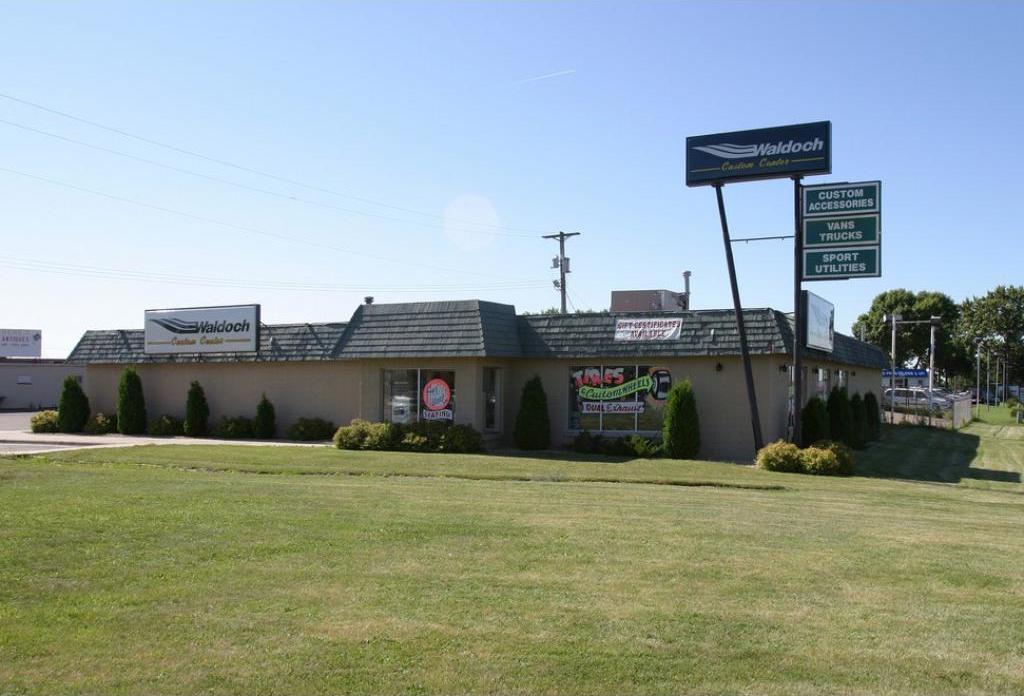 3588 N Highway 61, Gem Lake, MN 55110