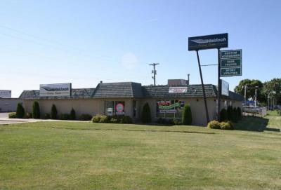 Photo of 3588 N Highway 61, Gem Lake, MN 55110