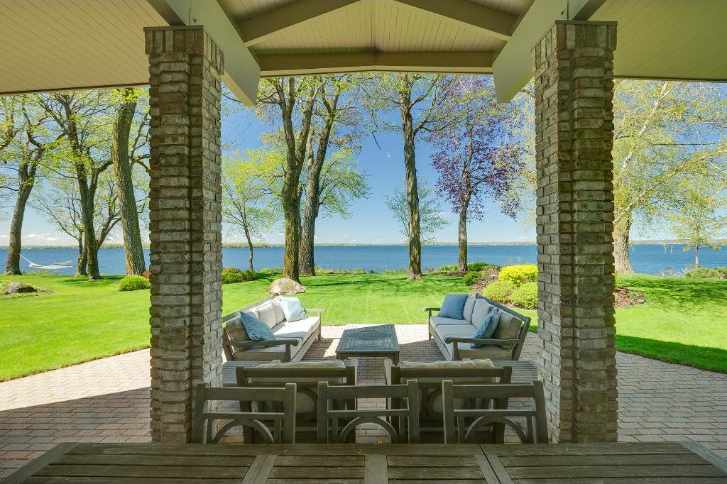 3630 Northome Road, Deephaven, MN 55391