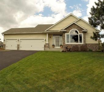 2119 NW 151st Lane, Andover, MN 55304