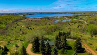 Photo of 2763 Ches Mar Farm Road, Chanhassen, MN 55331