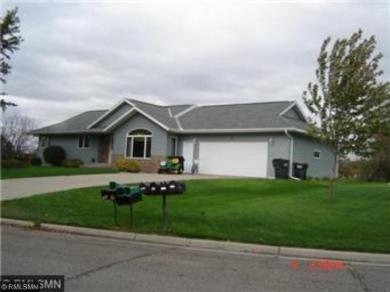 1330 Lakeview Drive, Sauk Centre, MN 56378