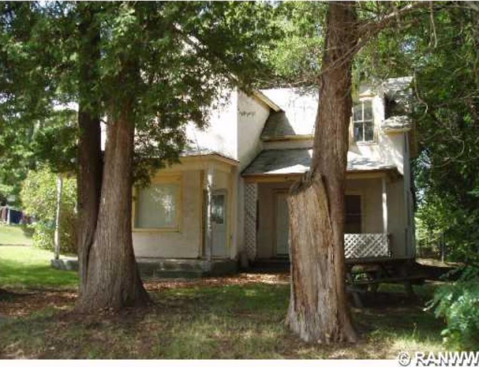 321 Pine Street, Grantsburg, WI 54840