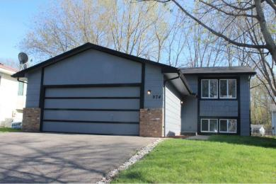 974 NW 104th Lane, Coon Rapids, MN 55433