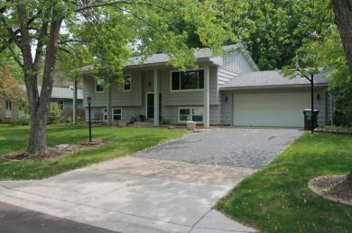 13309 Willow Lane, Burnsville, MN 55337