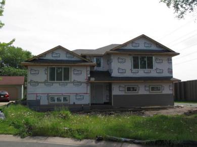 11350 N 97th Avenue, Maple Grove, MN 55369